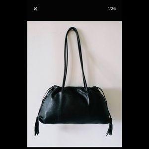 Vintage 1990s Gucci Lambskin shoulder bag gorgeous